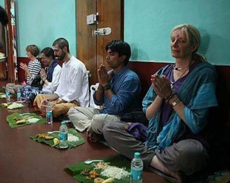 indian-style-dinner-inmarathi