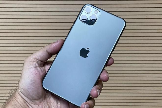 apple iphone InMarathi
