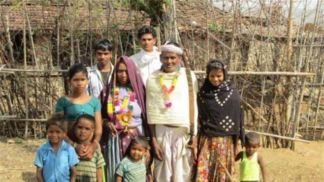 garatia-tribe-woman-inmarathi02