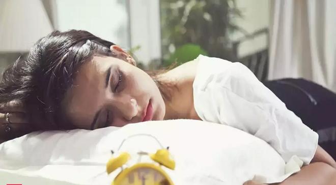 indian girl sleep inmarathi