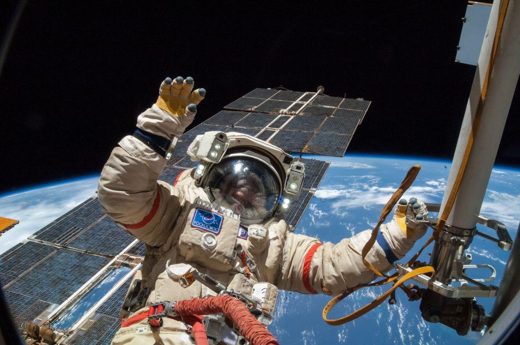 spacewalk-inmarathi02