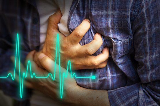 Plane-heart-attack-inmarathi01.jpg