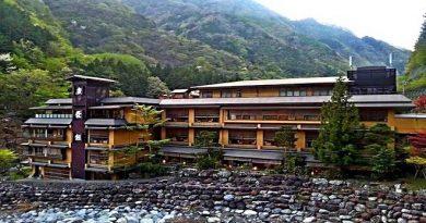 japan-hotel-inmarathi