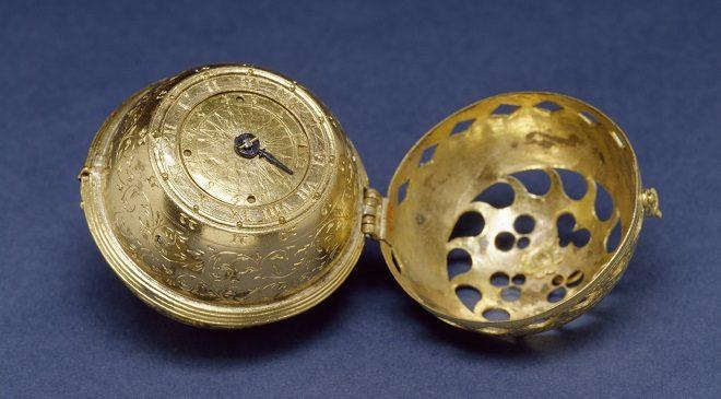 old watch-inmarathi03