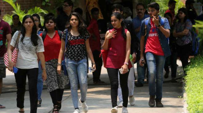 delhi-university-jeans-inmarathi