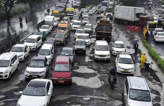 mumbai Pothole-inmarathi