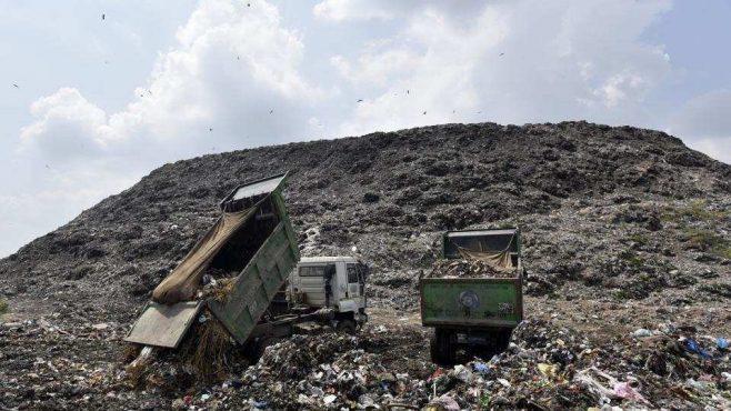 Ghazipur-Landfill-inmarathi01