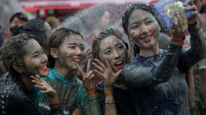 Mud festival Inmarathi