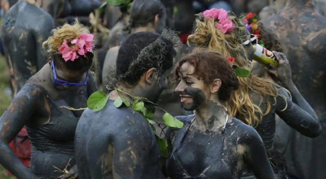 mud-festival-inmarathi