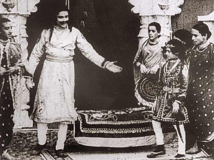 raja-harishchandr-inmarathi