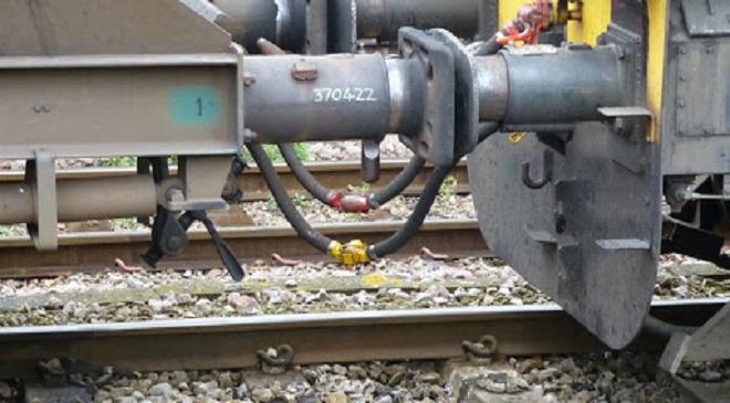 train pipe brake system InMarathi