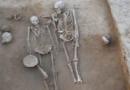 राखीगढीच्या उत्खननात सापडलेलं शेजारी झोपलेलं जोडपं आपल्या प्राचीन इतिहासाबद्दल काय सांगतंय..?