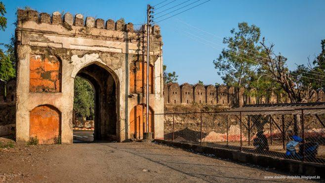 gates-inmarathi