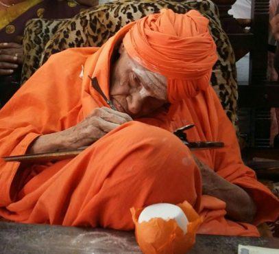 lingayat-swami-inmarathi
