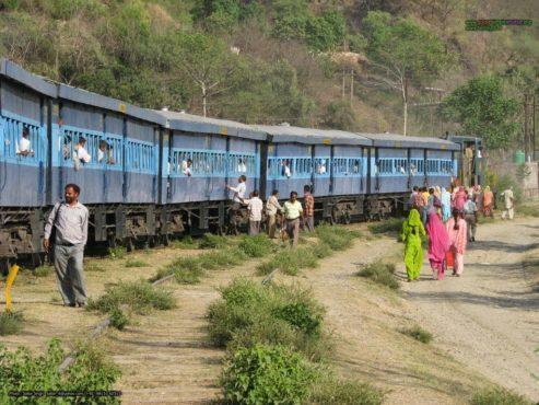 train-dam-inmarathi