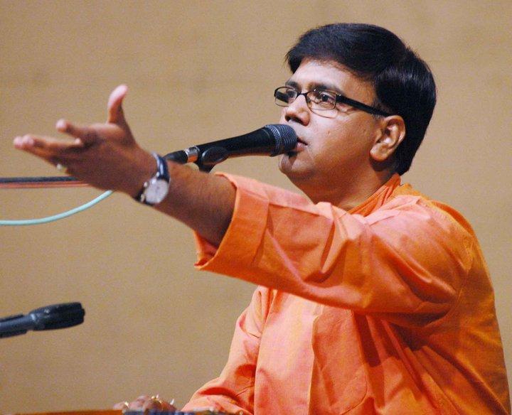Dr_Saleel_Kulkarni-inmarathi
