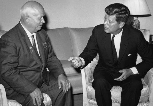 Kenedy Khrushchev InMarathi