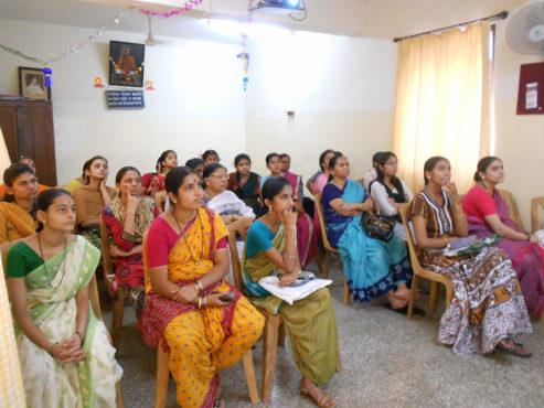 deccan-institute-of-commerce-budhwar-peth-pune-computer-inmarathi