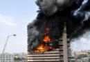 """बिल्डिंगला आग लागली तर गोंधळून नं जाता """"हे"""" करा. लक्षात ठेवा, इतरांनाही सांगा!"""