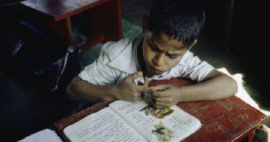 student inmarathi
