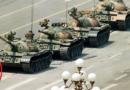 'तो' रणगाड्यांच्या समोर छाती काढून उभा राहिला, त्या फोटोने चीनमध्ये हाहाकार माजवला!