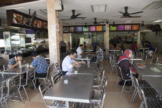 indian restaurant 5 inmarathi