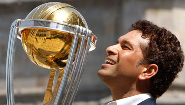 sachin with worldcup 1 inmarathi