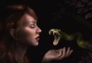 सापाच्या जिभेला जीभ लावून नशा करण्याचा अघोरी प्रकार अंगावर काटा आणतो