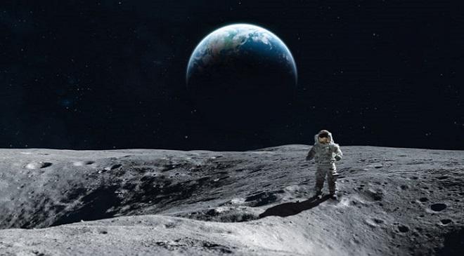 Man-on-the-moon Feature Inmarathi