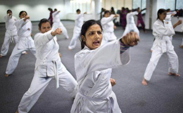 self-defense InMarathi