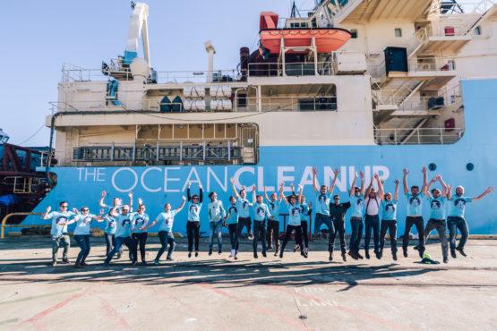 Ocean Clean up Team InMarathi