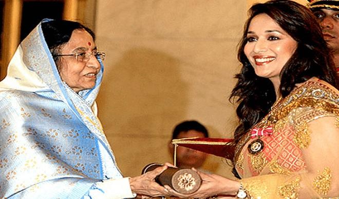 Madhuri_Dixit padmashri award InMarathi