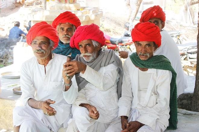 old people in gujrat InMarathi