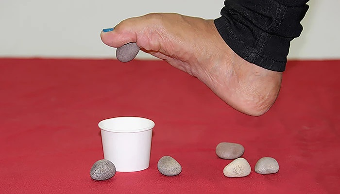 stone_pick_up InMarathi