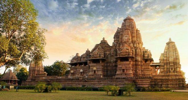 Wnter-Getaway-Experience-Khajuraho inmarathi