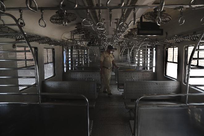 curfew inmarathi 4