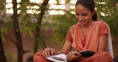 girl book inmarathi