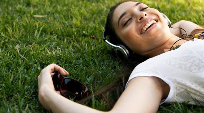 headphones inmarathi