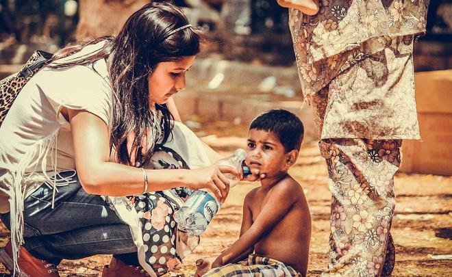 indian helping girl inmarathi