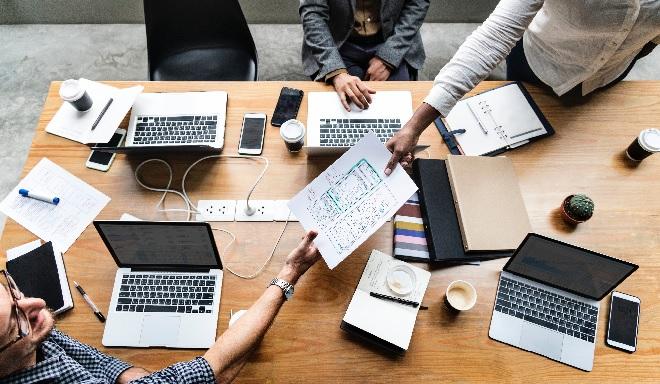 laptop use inmarathi