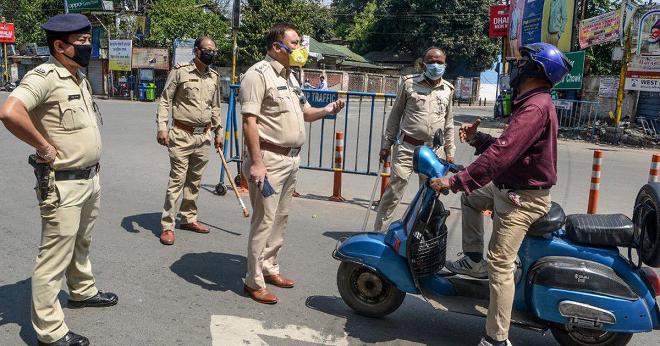 police lockdown inmarathi