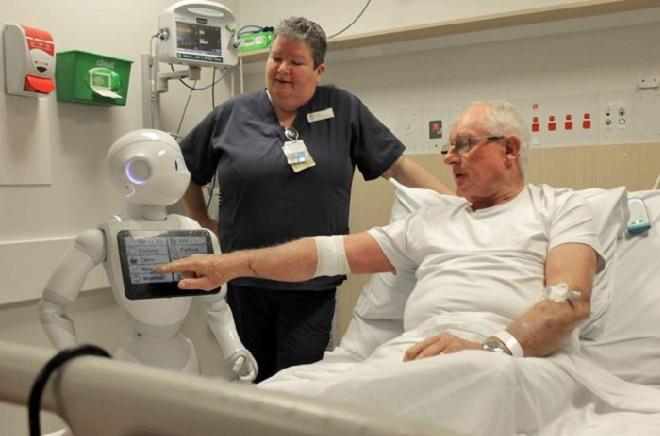 robots with patients inmarathi
