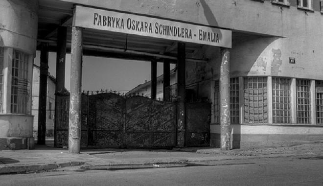 schindlers factory inmarathi