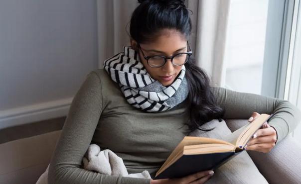 girl reading inmarathi