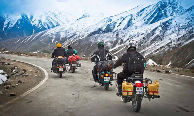 ladakh road trip inmarathi