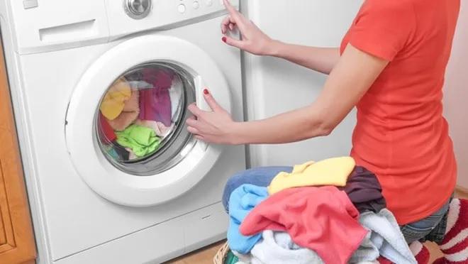washing clothes inmarathi
