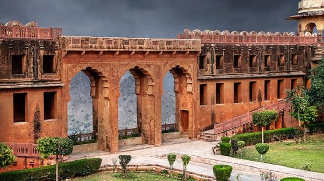 jaigad fort inmarathi 1