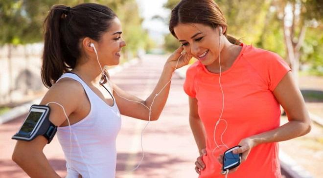 sharing- earphones IM