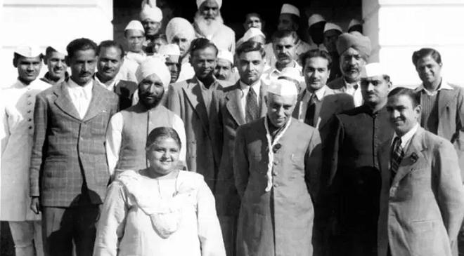 nehru ina trial featured inmarathi