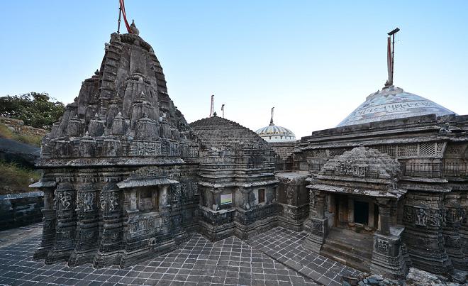neminath temple inmarathhi